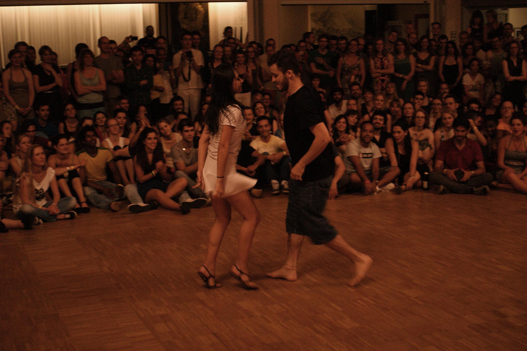 https://forrofestival.com/wp-content/uploads/2014/06/16539207761_b1a6903e1a_k.jpg