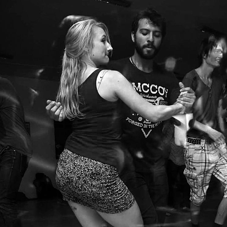 http://forrofestival.com/wp-content/uploads/2016/12/Tiago-_-Julinha.jpg